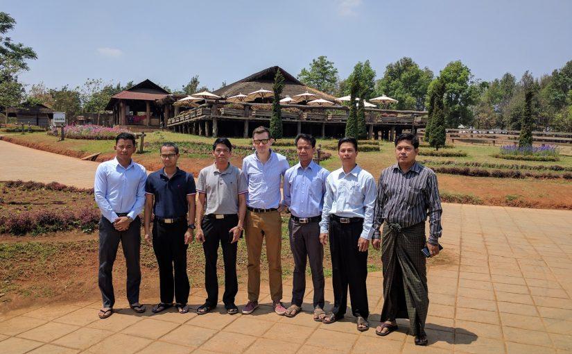 Voyager en Birmanie pour enseigner Linux  embarqué: un souvenir inoubliable